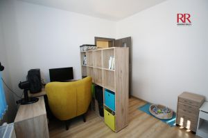 Pronájem rekonstruovaného bytu v Plzni Křimicích 4+kk  13
