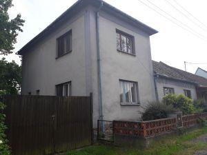 Prodej domu v obci Čáslavice  1