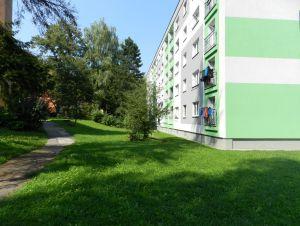 Prodám byt 2+1 s lodžií, 56 m2 v Ostravě – Porubě na ul. K. Pokorného v osobním vlastnictví. 15