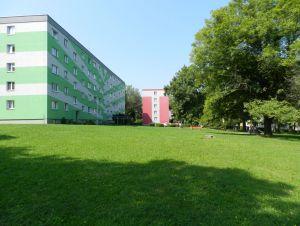 Prodám byt 2+1 s lodžií, 56 m2 v Ostravě – Porubě na ul. K. Pokorného v osobním vlastnictví. 14