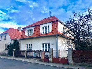 Prodej rodinného domu se zahradou 1