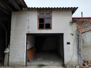 Dvougenerační dům s pozemkem 2913m2, Chotusice u Čáslavi 11
