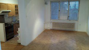 Prodej bytu 3+1 v Třeboni, Souběžná 800 12
