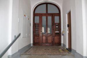 Dlouhodobý pronájem bytu 1+1 v centru Mar. Lázní 6