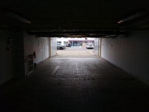 Dlouhodobý pronájem vícemístné garáže na Praze 9 2