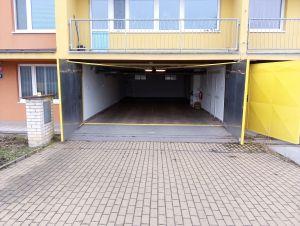 Dlouhodobý pronájem vícemístné garáže na Praze 9 3