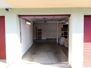 Dlouhodobý pronájem garáží na Praze 9 2