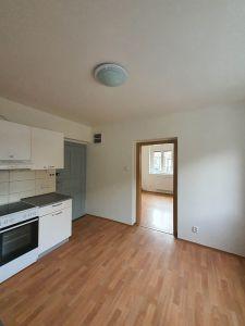 Pronájem bytu 1+1 Praha 6 1