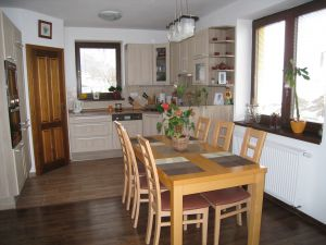 Prodej dům Bernartice 5