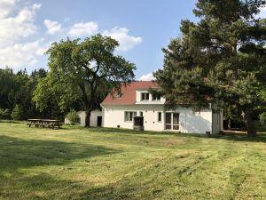 dům pronájem Vystrkov 179 Kozárovice