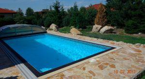 Kvalitní přízemní RD 4+kk se zahradou a bazénem, Svojetice, Praha východ 3