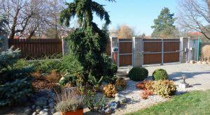 Kvalitní přízemní RD 4+kk se zahradou a bazénem, Svojetice, Praha východ 15