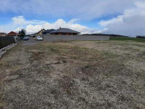Stavební pozemek pro stavbu provozovny  6 km od ČB 5
