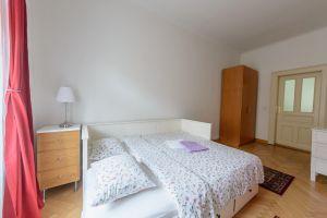 Kompletně zařízený, krásný , slunný byt k pronájmu na Praze 2 4