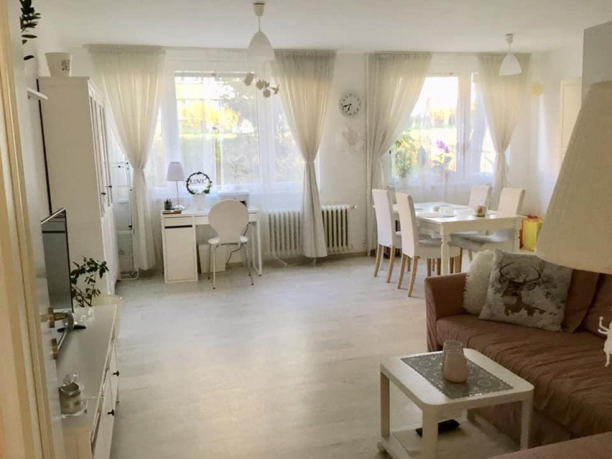 Útulný bílý byt - Soukromý pokoj