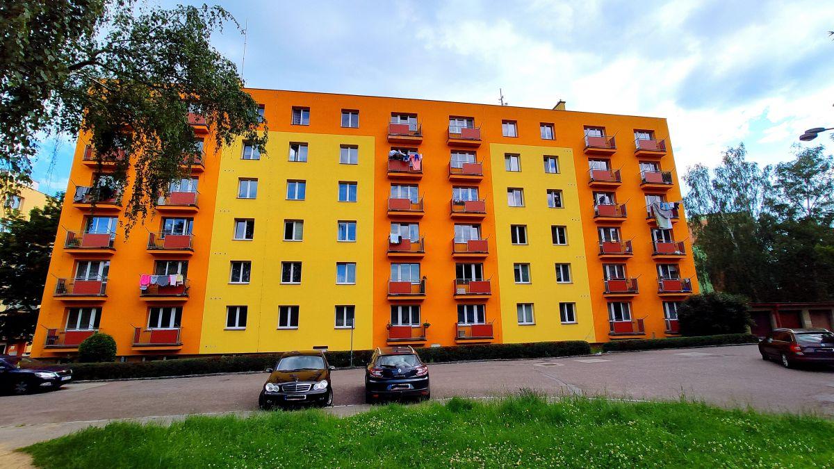 Prodej slunného bytu 2+1 s balkónem v OV