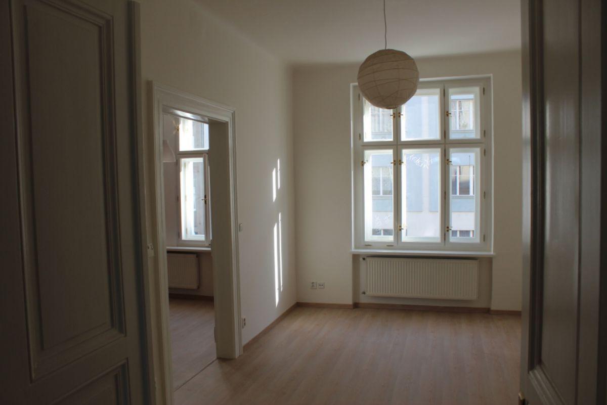 Pronajmu byt 2+1, 58 m2