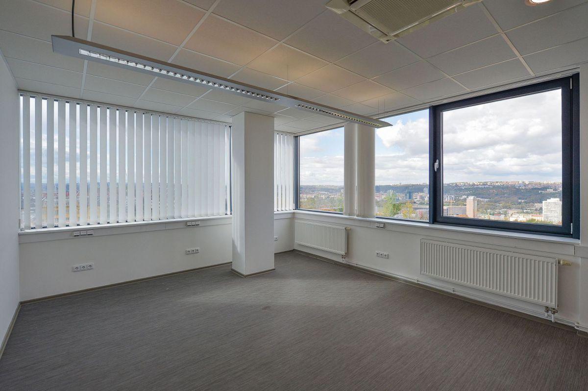 Pronájem kanceláře BEZ PROVIZE od 17 m².