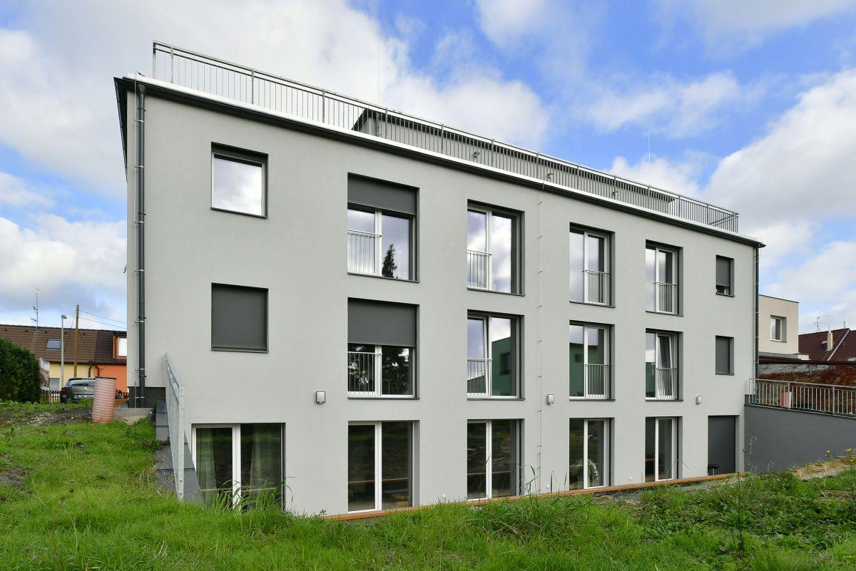 Dlouhodobý pronájem nadstandardního bytu ve 3NP