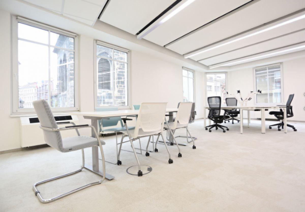Pronájem kanceláře 247m² BEZ PROVIZE!!