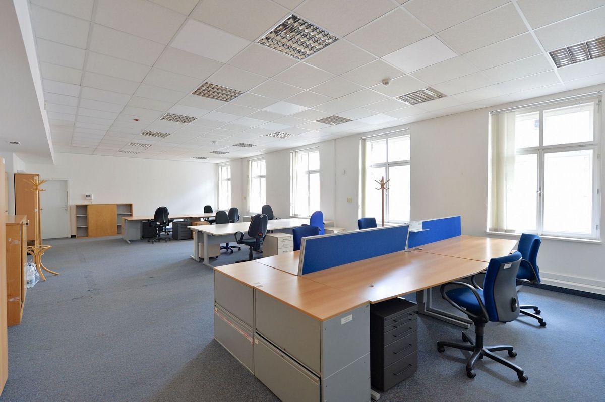 Pronájem kanceláří o ploše 290 m² BEZ PROVIZE