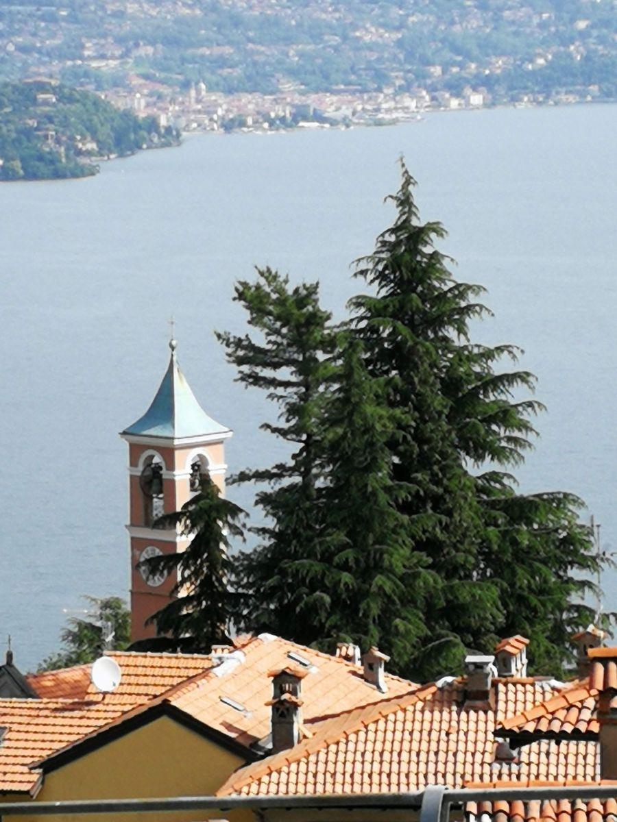 byt s výhledem na jezero Maggiore Itálie Stresa