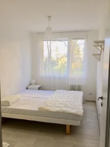Útulný bílý byt - Soukromý pokoj 8
