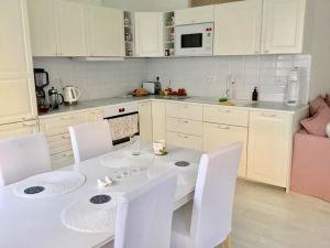 Útulný bílý byt - Soukromý pokoj 3