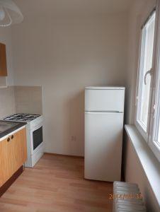 Pronájem bytu 2+1 Praha 6, Petřiny 4