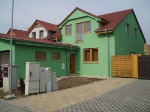 Nový RD 4+kk 164m2,zahrada 350 m2, s garáží + 2 stání 1