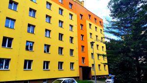 Prodej slunného bytu 2+1 s balkónem v OV 2