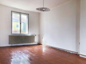 Prodej rodinného domu,  2
