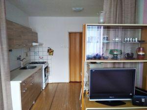 Pronájem bytu 1+kk, 36 m2, Banskobystrická, Praha 6-Dejvice 4