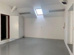 Nebytové prostory, dílna, sklad 9