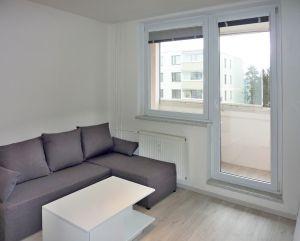 pronájem krásného bytu 1+1 s lodžií 40,5 m² 2