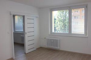 pronajem 2+1 s balkonem po celkove rekonstrukci 6