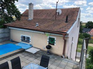 Dům s bazénem a sklepem 5+1 7