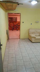 Nabízíme k prodeji krásný cihlový byt v osobním vlastnictví o dispozici 3+1 s výměrou 76 m2 + balkon 3,2 m2 + garáž pod domem + sklep 31 m2.  13