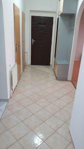 Nabízíme k prodeji krásný cihlový byt v osobním vlastnictví o dispozici 3+1 s výměrou 76 m2 + balkon 3,2 m2 + garáž pod domem + sklep 31 m2.  4