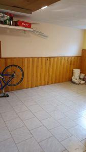 Nabízíme k prodeji krásný cihlový byt v osobním vlastnictví o dispozici 3+1 s výměrou 76 m2 + balkon 3,2 m2 + garáž pod domem + sklep 31 m2.  15