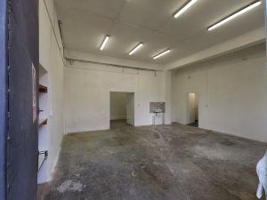 garáž pronájem U Tovarny Zdiby