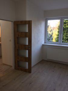 PRAHA 10-Strašnice  - pronájem bytu 3+1, bez RK  4