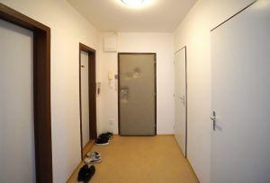 Pronájem byt 4+1, Zlín, JS, ulice Budovatelská  4816 4