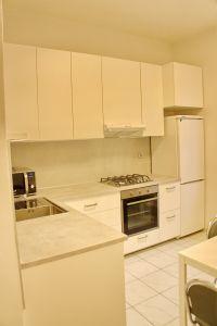 Pronájem bytu 2+kk 43 m2 v zeleni 9
