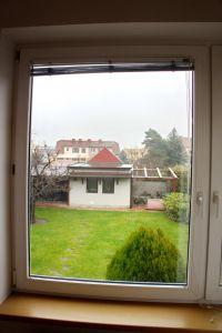 Pronájem bytu 2+kk 43 m2 v zeleni 16