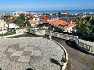 V Itálii Abruzzo, 300 metrů od nejkrásnějších pláží Jaderského moře, historická vila 7