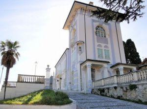 V Itálii Abruzzo, 300 metrů od nejkrásnějších pláží Jaderského moře, historická vila 3