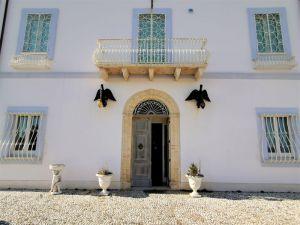 V Itálii Abruzzo, 300 metrů od nejkrásnějších pláží Jaderského moře, historická vila 9