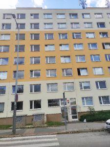 Pronajmu byt 2+kk, Praha 9 18
