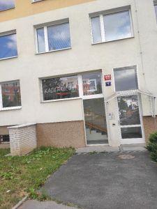 Pronajmu byt 2+kk, Praha 9 17